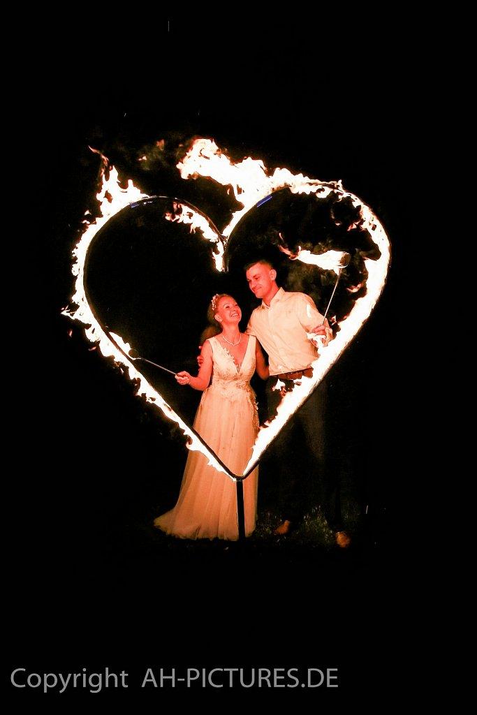 Hochzeit-5-AH-Picturesde-60.jpg